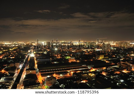 night scene in Manila