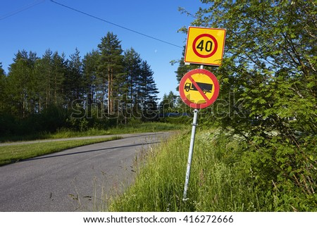 No entry for lorries and vans, traffic sign Finland