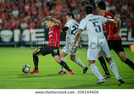 NONTHABURI THAILAND-Jul02:Cleiton Silva(R) of SCG MUTU. in action during the Toyota League Cup between SCG Muangthong Utd and Buriram United at SCG Stadium on July02,2014,Thailand