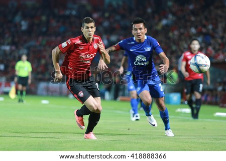 NONTHABURI,THAILAND-MAY 1 : Cleiton Silva player of SCG Muangthong United in action during the game between SCG Muangthong United and Chonburi FC at SCG Stadium on May 1, 2016 in,Thailand. - stock photo