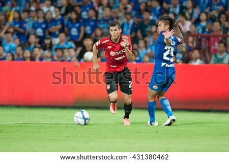 NONTHABURI,THAILAND-MAY 1 : Cleiton Silva player of SCG Muangthong United in action during the game between SCG Muangthong United (R) and Chonburi FC (B) at SCG Stadium on May 1, 2016 in,Thailand. - stock photo