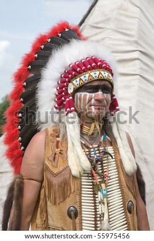 North American Indian in full dress. Reconstruction