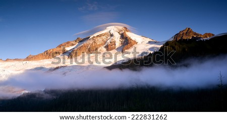 North Cascades Mt. Baker Heliotrope Ridge Glacier Peaks - stock photo