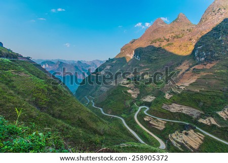 Northwest a right to life , the natural landscape majestic nature damage , the winding road , bend , and the cool climate , people more comfortable up here . - stock photo
