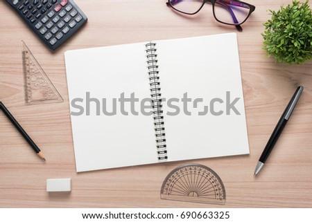 persuasive essay writer