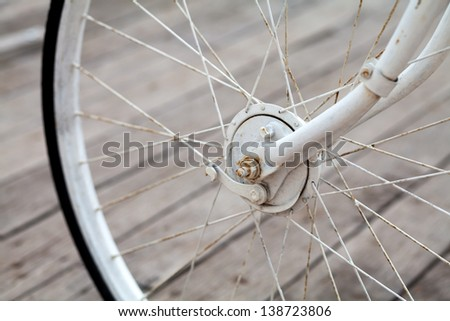 old bicycle wheel transport