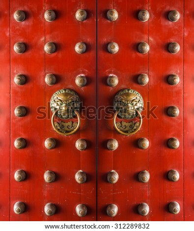 Old chinese door Buddha Tooth Relic Temple and Museum at Chinatown - stock photo