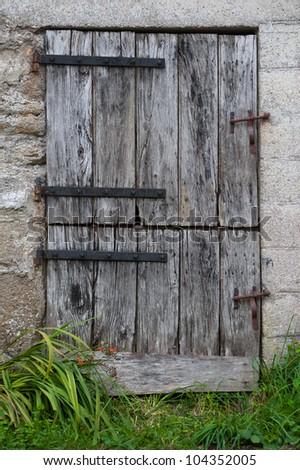 Old Farm Door Double Opening Stockfoto's (rechtenvrij ...