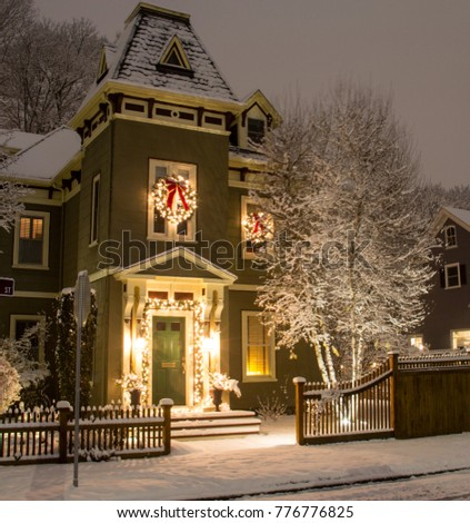 Old Victorian Style House Decorated Holiday Stock Photo 776776825