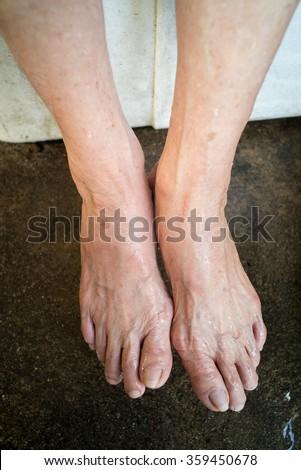 Foot mature woman