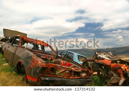 Old wreck cars