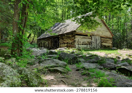Olgle barn great smoky mountains - stock photo