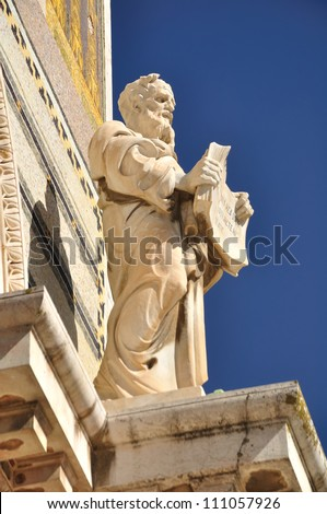 One of the saint statues on the all nation church. Jerusalem. - stock photo