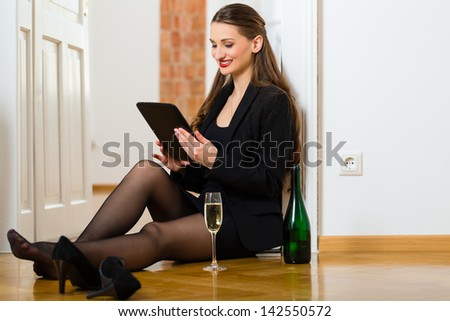 Woman and home datings