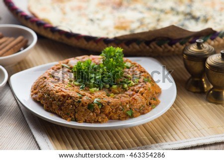 oqda , fried potatoes with meat popular arab food