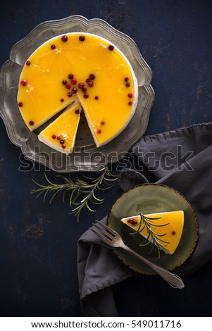 Orange and cranberries cheesecake