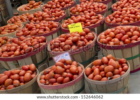 Organic Fruit and vegetables at the Market: tomato