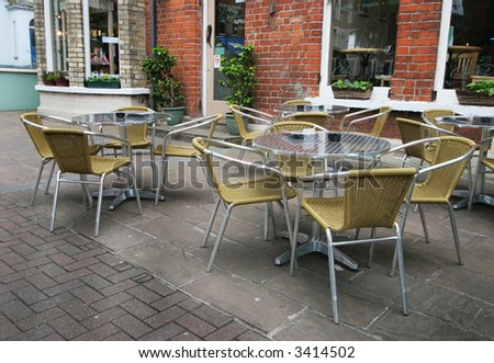 outdoor cafe chairs and tables