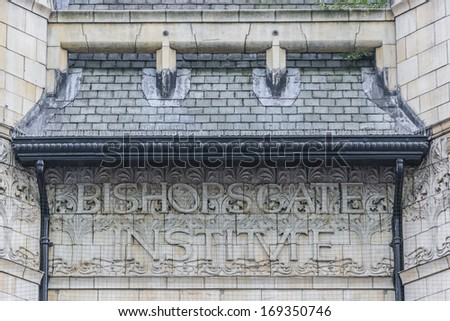 Outside view of Bishopsgate Institute, Tottenham, London, UK. Bishopsgate Institute (1895) - cultural institute, it offers cultural events programs, courses for adults, historic library and archive. - stock photo