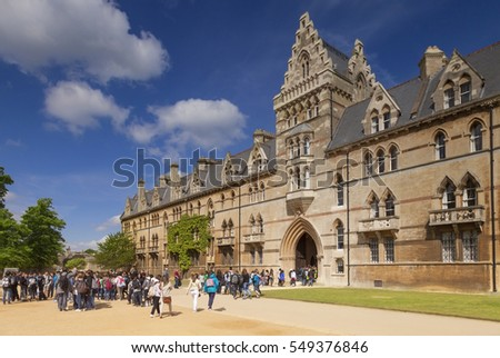Oxford, England, UK: 3 May 2011 - Tourists entering the Meadow Building at Christ Church College, Oxford. One of the largest colleges of Oxford University, and has produced 13 British Prime Ministers.