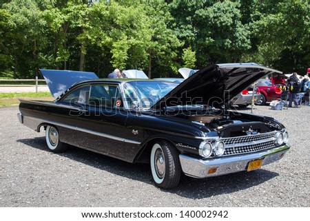 OYSTER BAY NY MAY Classic Stock Photo Royalty Free - New york autofest car show