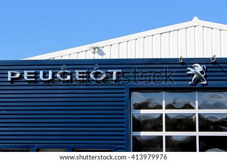 Portf lio de aureliefrance no shutterstock for Garage peugeot ozoir la ferriere