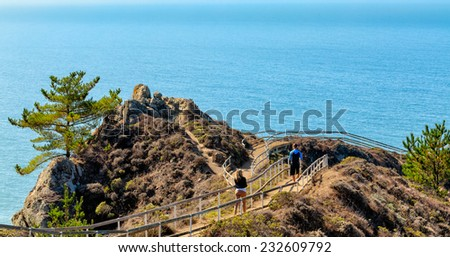 Pacific Ocean overlook from cliff top path. Location: 30 miles north of San Francisco - stock photo