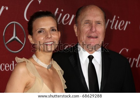 PALM SPRINGS - JAN 8: Luciana Pedraza, Robert Duvall arrive at the Palm Springs International FIlm Festival 2011 Awards Gala at Palm Springs Convention Center on January 8, 2011 in Palm Springs, CA.