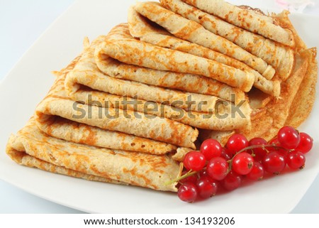 Pancakes with red currant