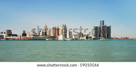 Panoramic view of Detroit's waterfront by day - stock photo