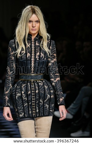 PARIS, FRANCE - MARCH 03: Kendall Jenner walks the runway during the Balmain show as part of the Paris Fashion Week Womenswear Fall/Winter 2016/2017 on March 3, 2016 in Paris, France.