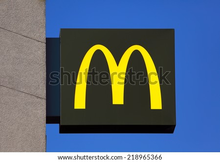 PARIS - SEP 15: McDonald's in Paris,France, Sep. 15, 2014. The Company's sales increased 6.0%, (U.S. +5.3%, Europe +4.1% and Asia/Pacific, Middle East and Africa +8.1%) (PRNewswire) - stock photo