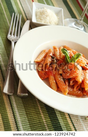 pasta with sauteed shrimp and basil