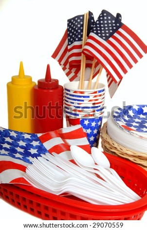 Patriotic table setting for a 4th of July picnic