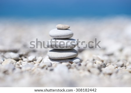 Pebble-zen on the pebble beach