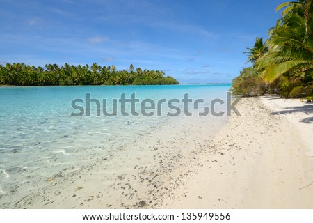 Perfect tropical beach in the middle of Pacific. Location: Cook Islands, Aitutaki Atoll (One Foot Island). - stock photo