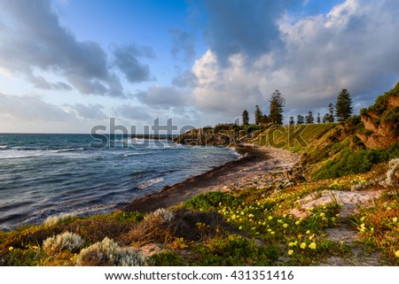 PERTH, WESTERN AUSTRALIA /AUSTRALIA  NOV 17, 2015:  couples are watching sunset at Cottesloe Beach