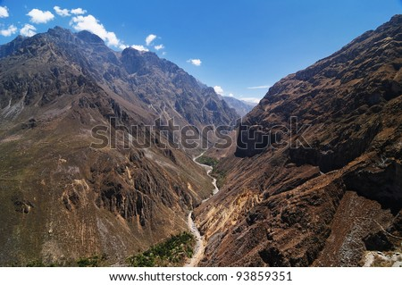 Peru, Colca canyon. the secend wolds deepest canyon at 3191m. The canyon is set among high volcanoes and ranges from  1000m to 3000m where life the Condor.  View on the deepest part of the canyon - stock photo