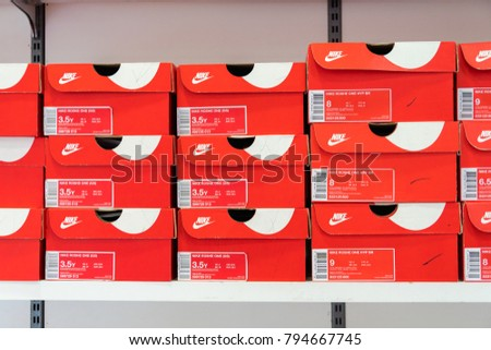 Phetchaburi Thailand October 11 2017 Nike Stock Photo 794667745 -  Shutterstock