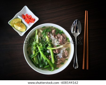 Pho Bo - Traditional Vietnamese Beef Noodle Soup