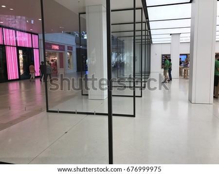 Phoenix April 19 Huge Pivoting Glass Stock Photo Edit Now