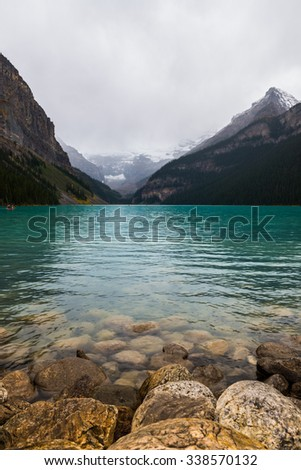 Photo of the lake louis in Canada