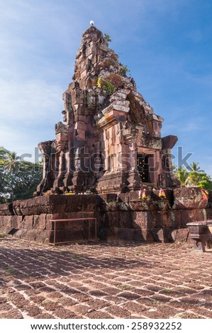 Phra That Narai Cheng Weng,The sandstone pagoda is on a laterite base.It dates from the 16th-17th Buddhist century - stock photo