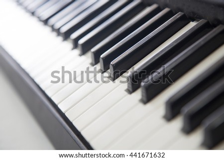 piano with selective focus