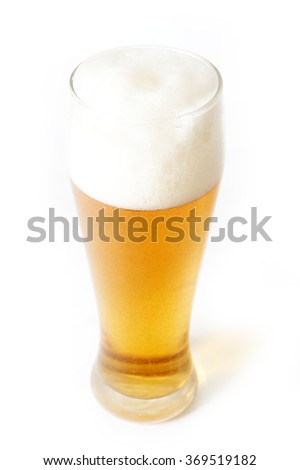 picture a tall glass with light beer