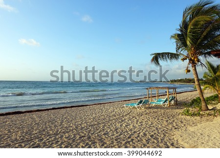 Picture of a resort beach at Mayan Rivera in Mexico.