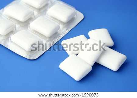 pieces of peppermint gum