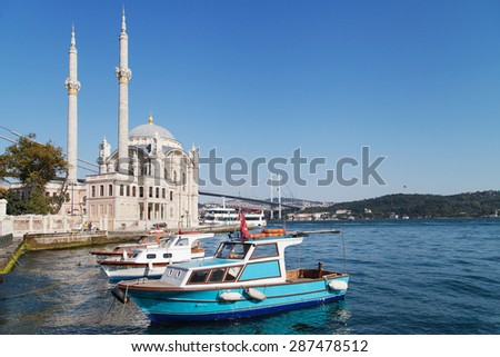 Pier and mosque of Ortakoy in Besiktas, Istanbul, Turkey.