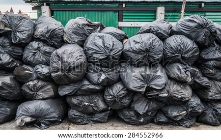 Rubbish Heap Stock Images, Royalty-Free Images & Vectors ...