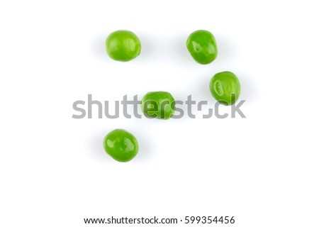 Pile of green wet pea isolated on white background